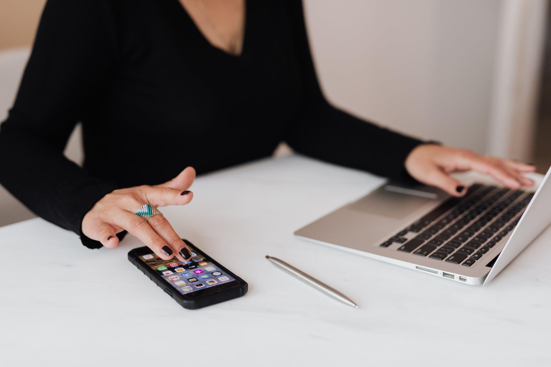 Miten puhelin voi tukea opiskelua?