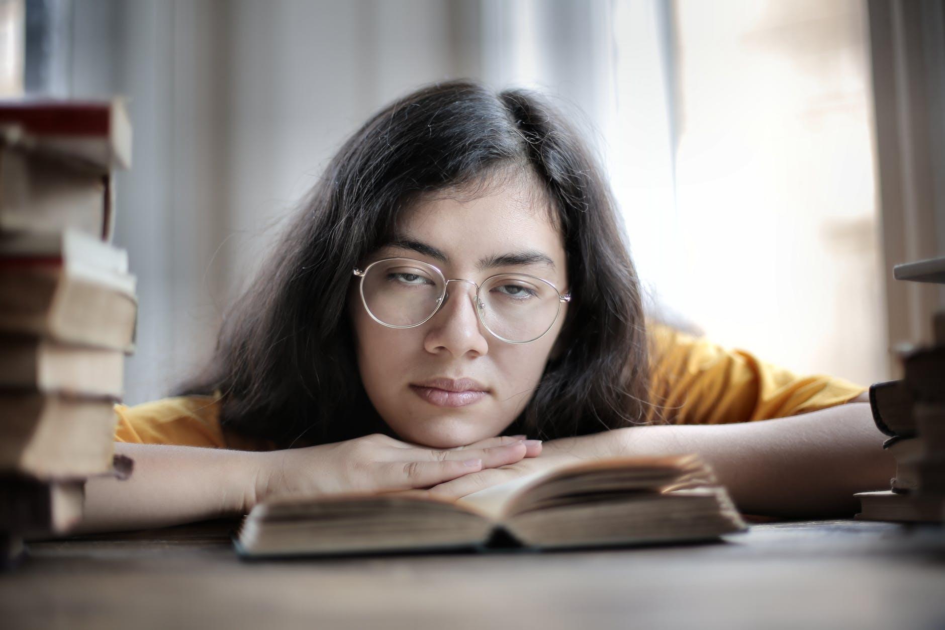 Onko opiskelu tylsää? Näillä vinkeillä muutat tilanteen